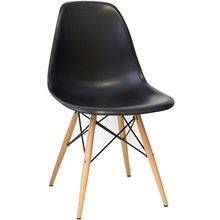Cadeira Eiffel Charles Eames em ABS Preta com Base de Madeira DSW